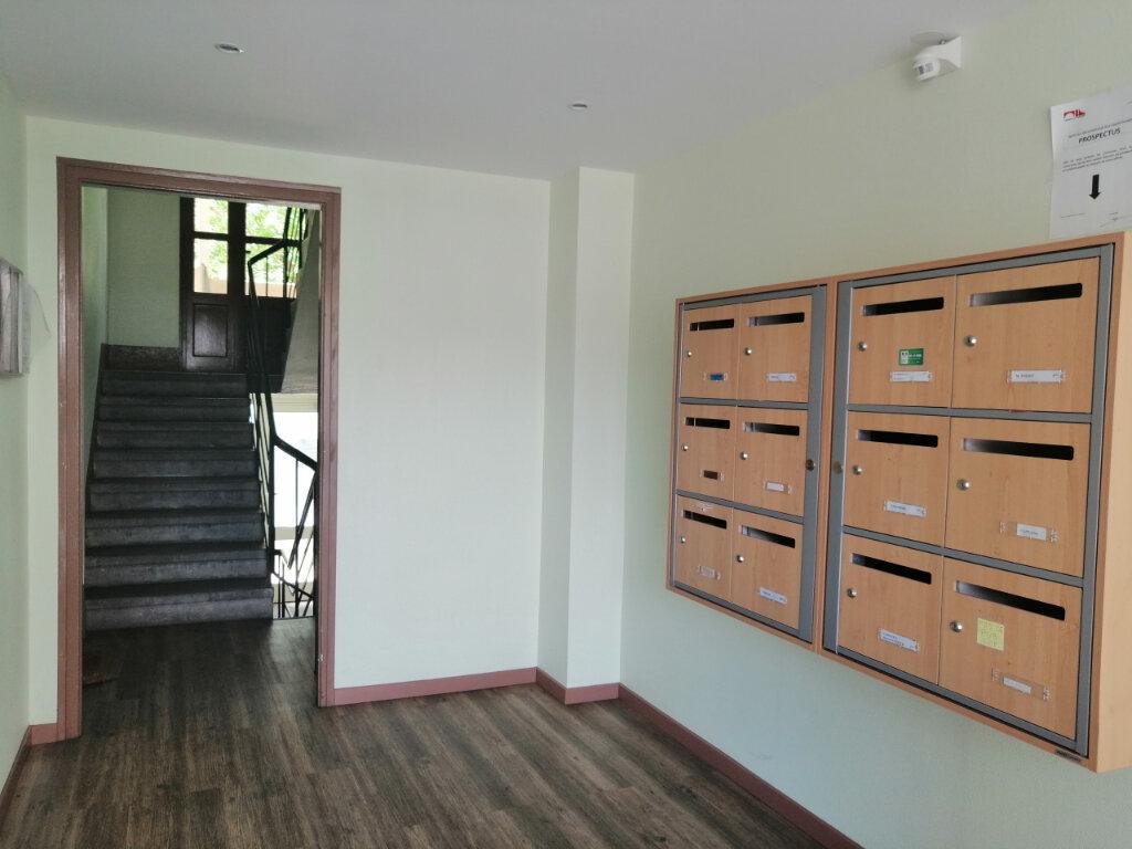 Appartement à louer 3 51.17m2 à Saint-Étienne vignette-5