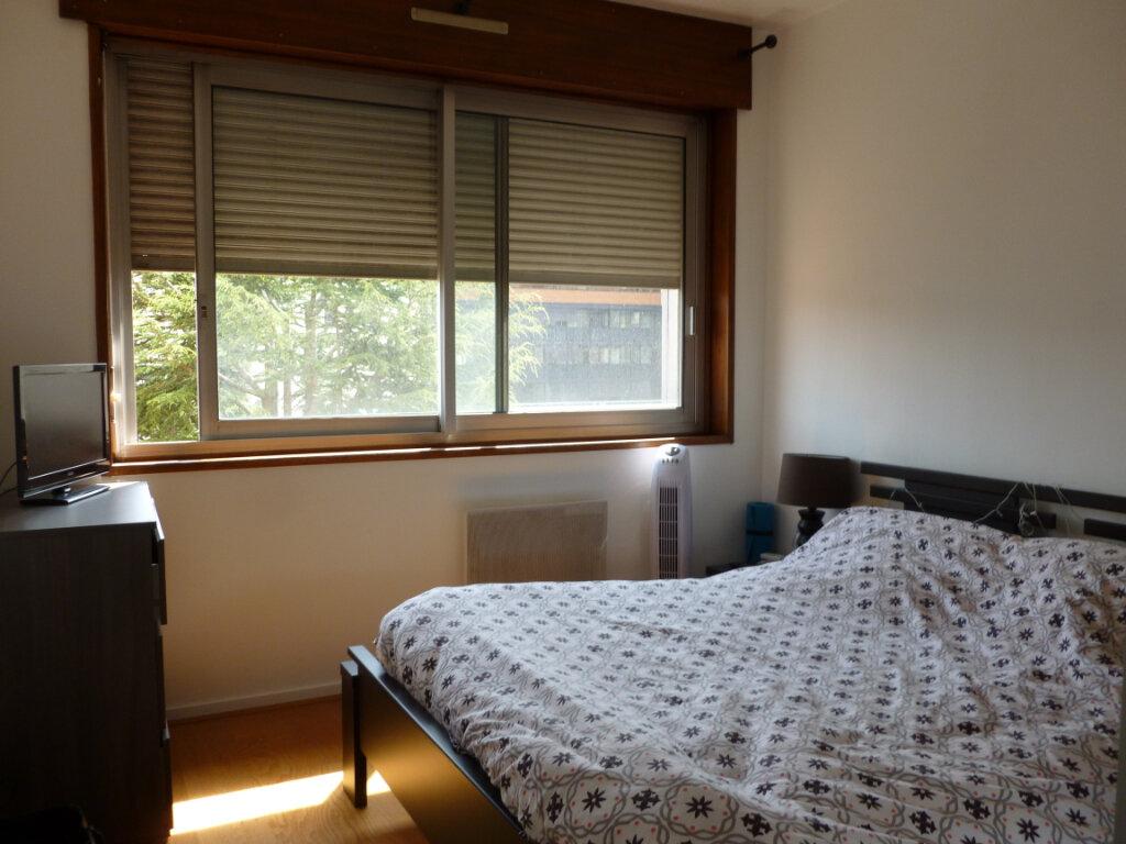 Appartement à louer 2 46.82m2 à Saint-Étienne vignette-3