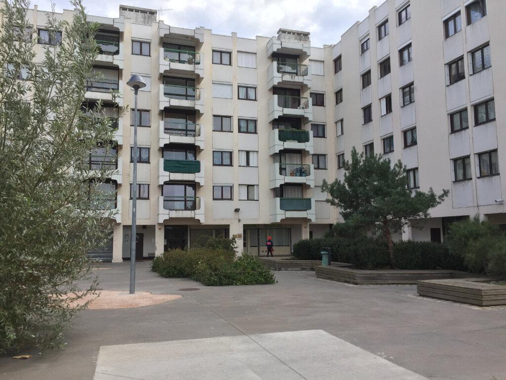 Appartement à louer 4 78.08m2 à Saint-Étienne vignette-7
