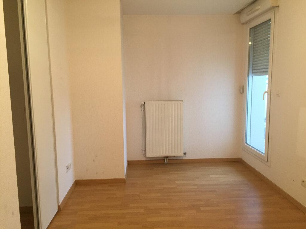 Appartement à louer 3 67.36m2 à Saint-Étienne vignette-6