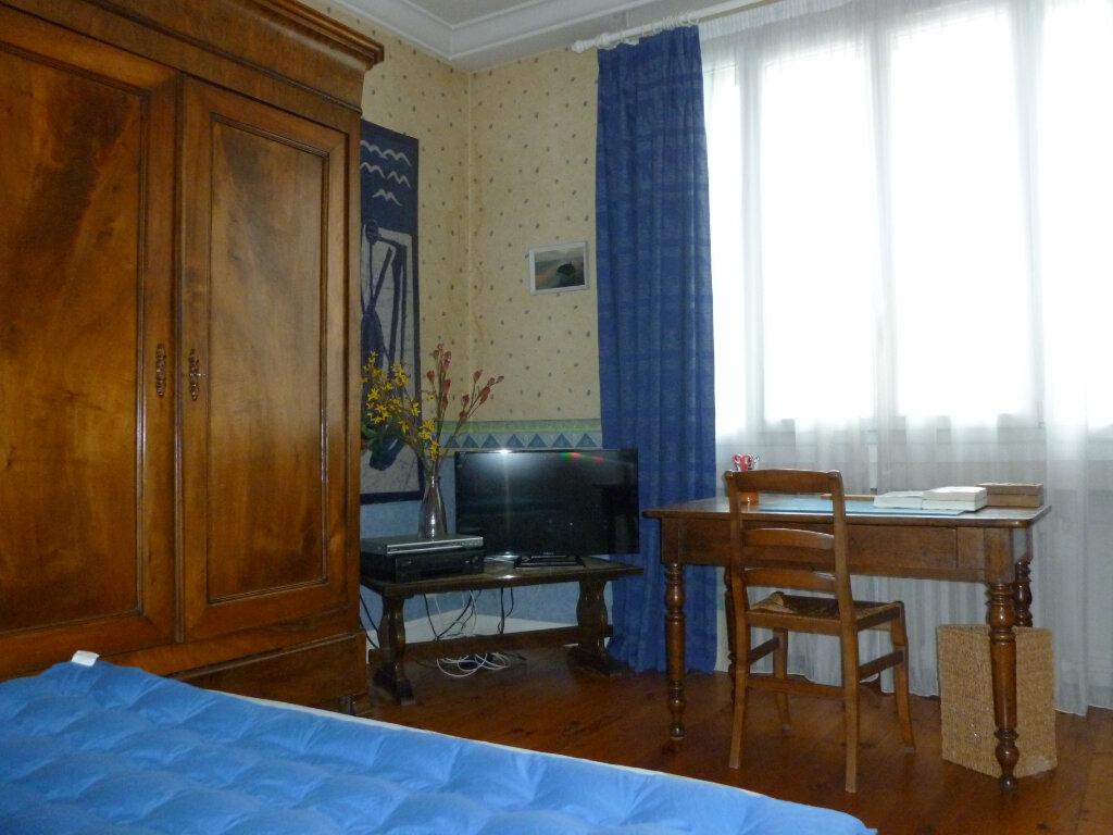 Appartement à vendre 5 137.41m2 à Saint-Étienne vignette-6