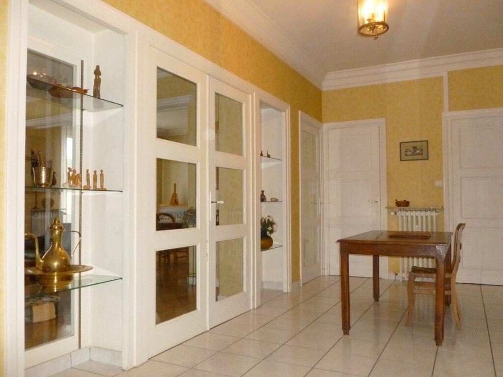 Appartement à vendre 5 137.41m2 à Saint-Étienne vignette-7