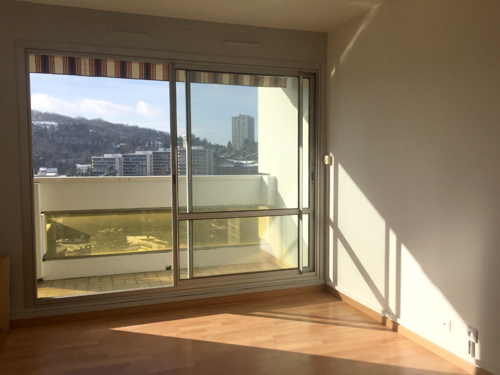 Appartement à louer 2 46.83m2 à Saint-Étienne vignette-2