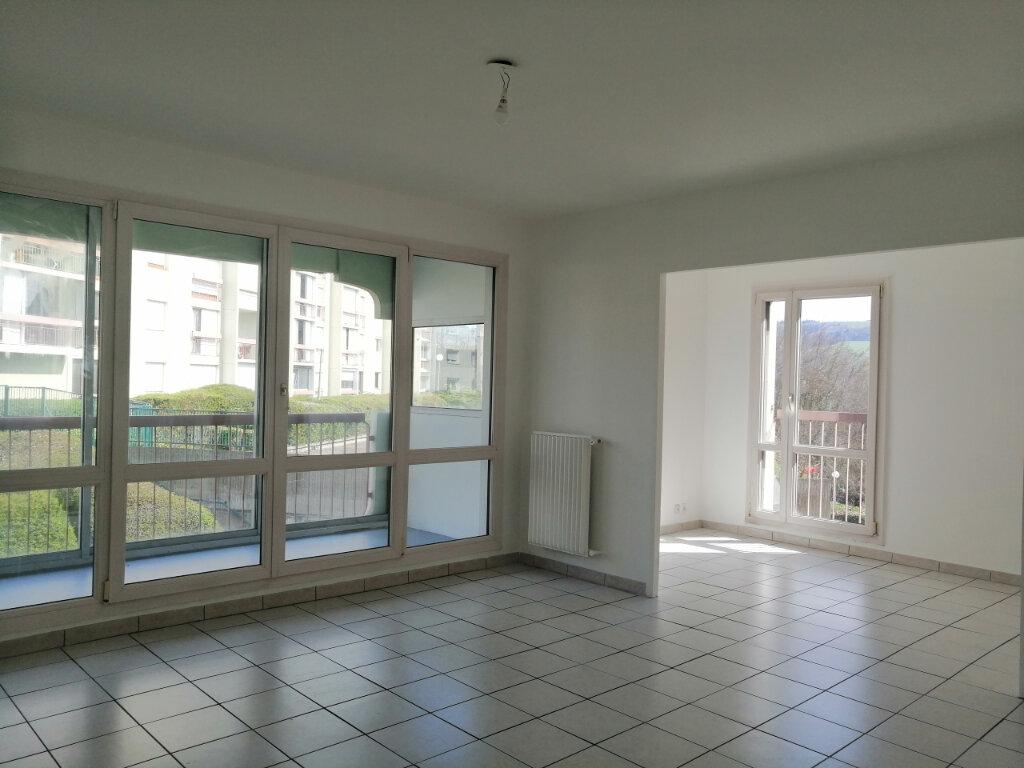 Appartement à louer 3 75m2 à Saint-Étienne vignette-3
