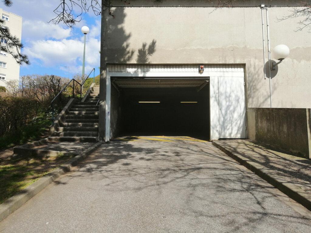 Appartement à louer 3 75m2 à Saint-Étienne vignette-10