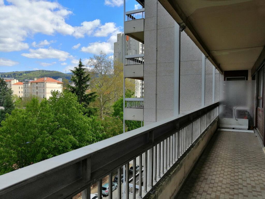 Appartement à louer 3 70m2 à Saint-Étienne vignette-1