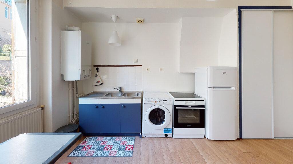 Appartement à louer 1 31.49m2 à Saint-Étienne vignette-4