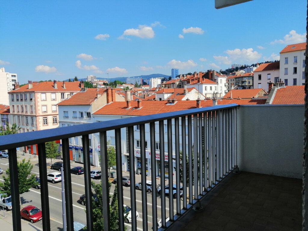Appartement à louer 3 65m2 à Saint-Étienne vignette-2