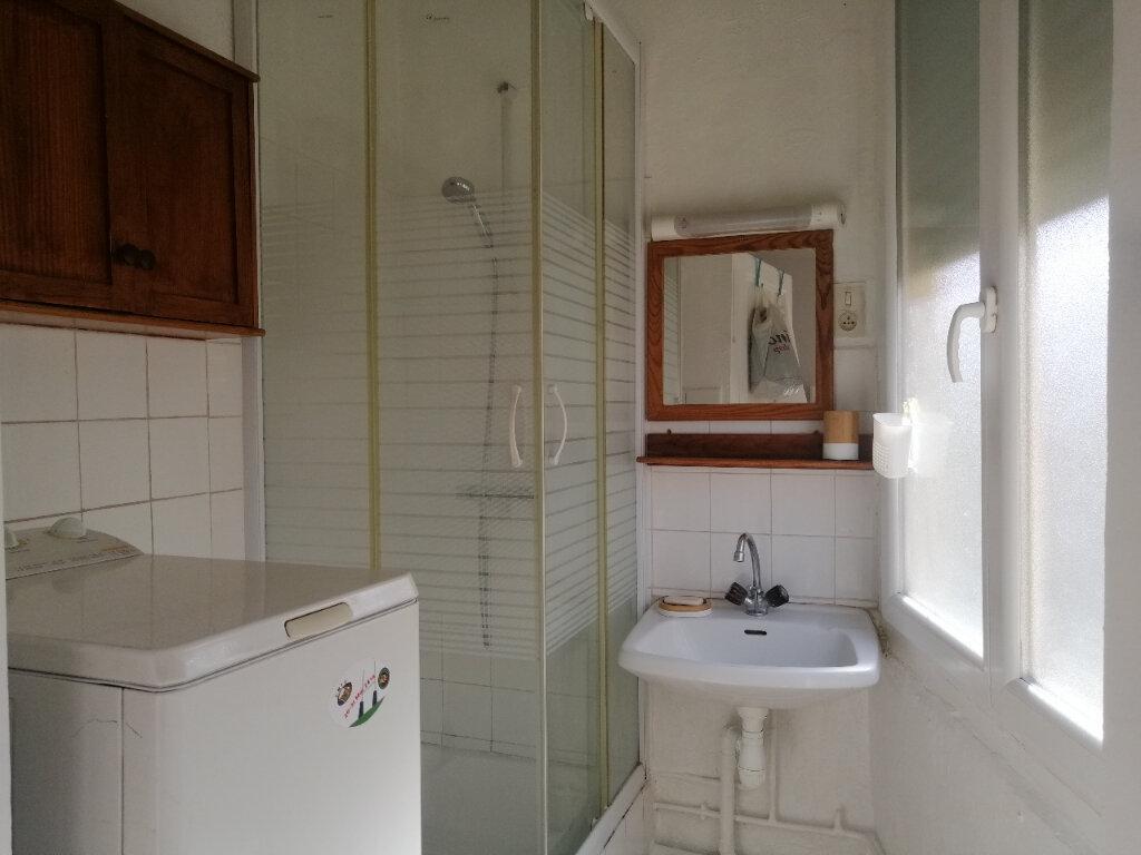 Appartement à louer 2 39.41m2 à Saint-Étienne vignette-5