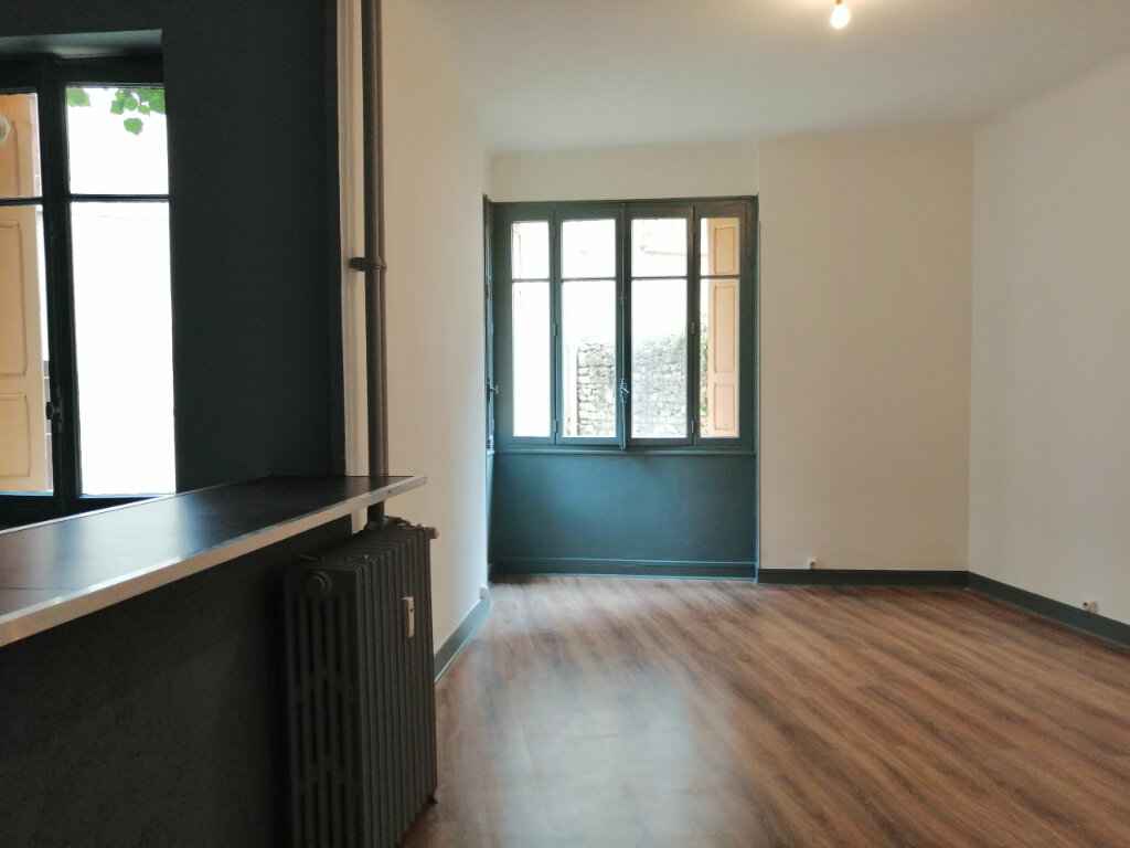Appartement à louer 1 34.18m2 à Saint-Étienne vignette-3
