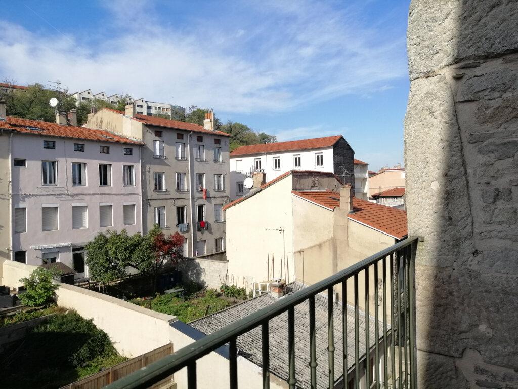 Appartement à louer 3 67m2 à Saint-Étienne vignette-1