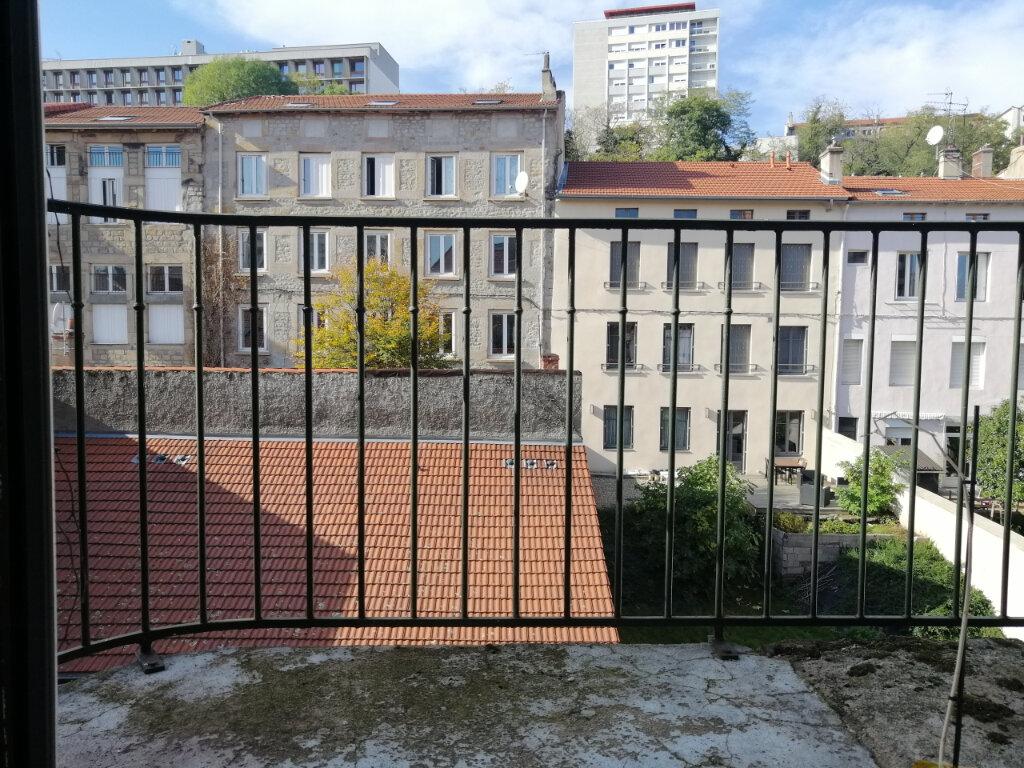 Appartement à louer 3 67m2 à Saint-Étienne vignette-2