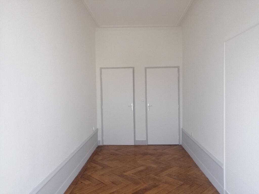 Appartement à louer 3 67m2 à Saint-Étienne vignette-6