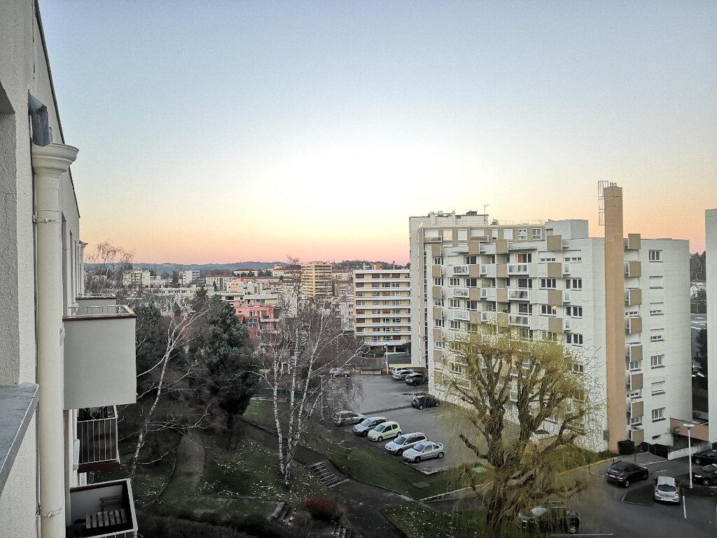 Appartement à louer 3 55.11m2 à Saint-Étienne vignette-7