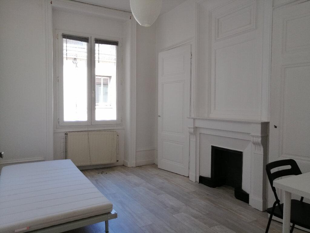 Appartement à louer 3 84.29m2 à Saint-Étienne vignette-6