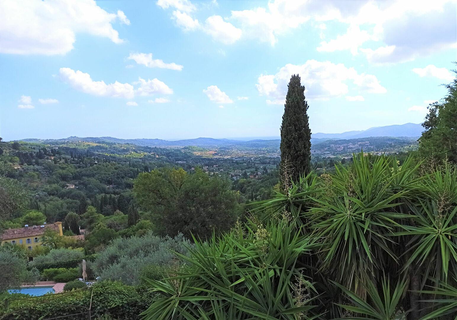 Maison à vendre 5 175m2 à Cagnes-sur-Mer vignette-7