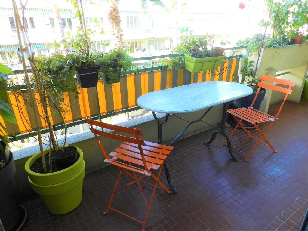Appartement à vendre 1 33.5m2 à Cagnes-sur-Mer vignette-2