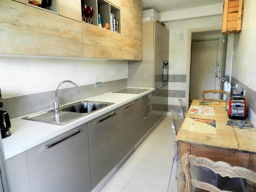 Appartement à vendre 1 33.5m2 à Cagnes-sur-Mer vignette-3