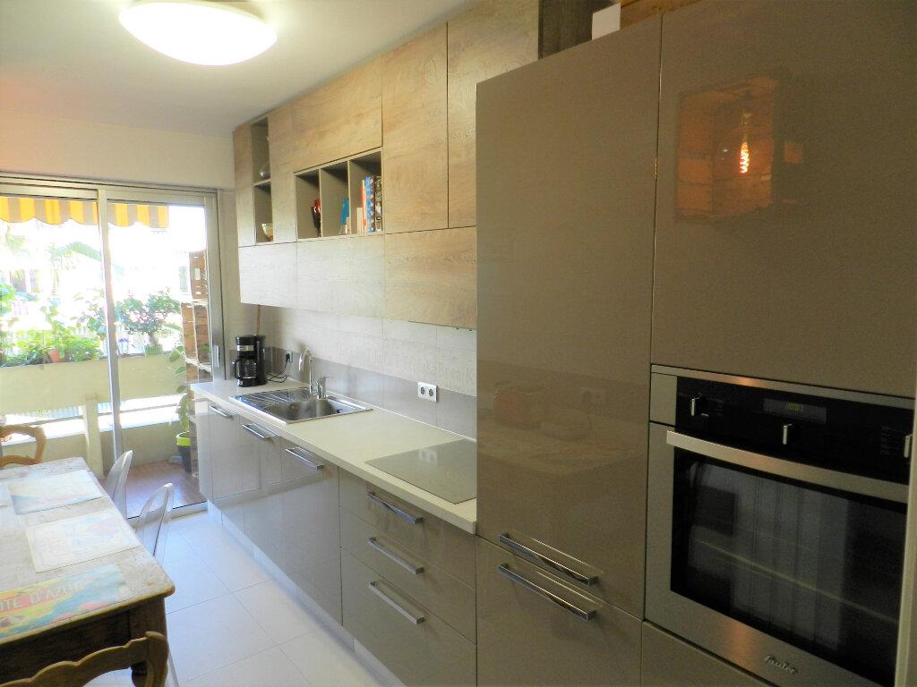 Appartement à vendre 1 33.5m2 à Cagnes-sur-Mer vignette-6