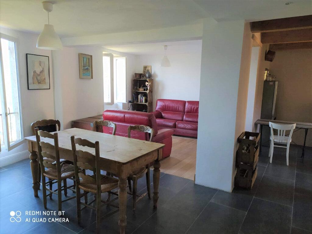 Maison à vendre 4 120m2 à Gilette vignette-3
