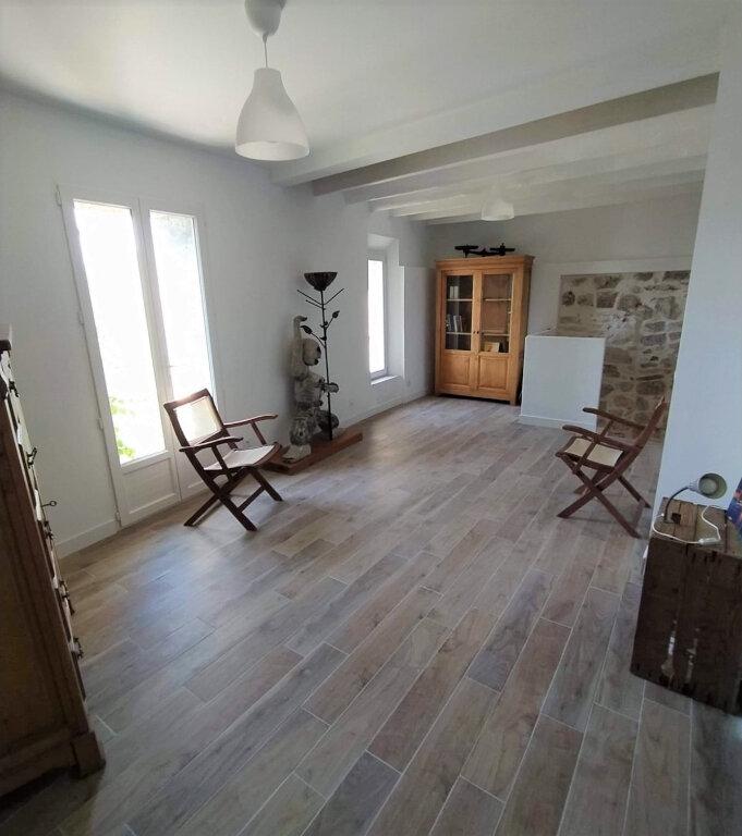 Maison à vendre 4 120m2 à Gilette vignette-6