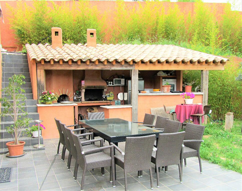 Maison à vendre 6 220m2 à Cagnes-sur-Mer vignette-4