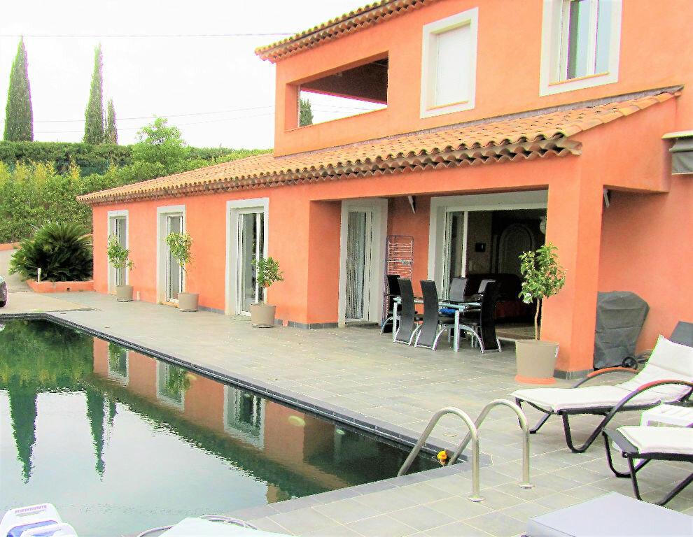 Maison à vendre 6 220m2 à Cagnes-sur-Mer vignette-6