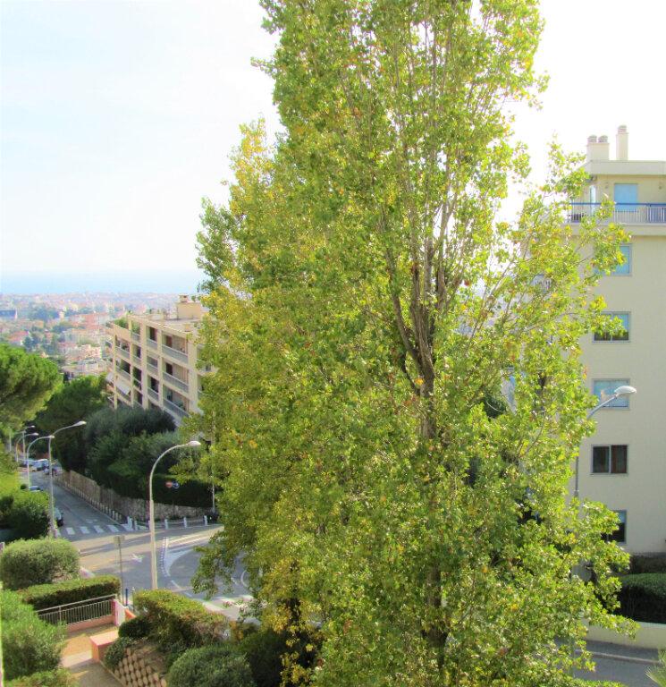 Appartement à vendre 3 66m2 à Nice vignette-1