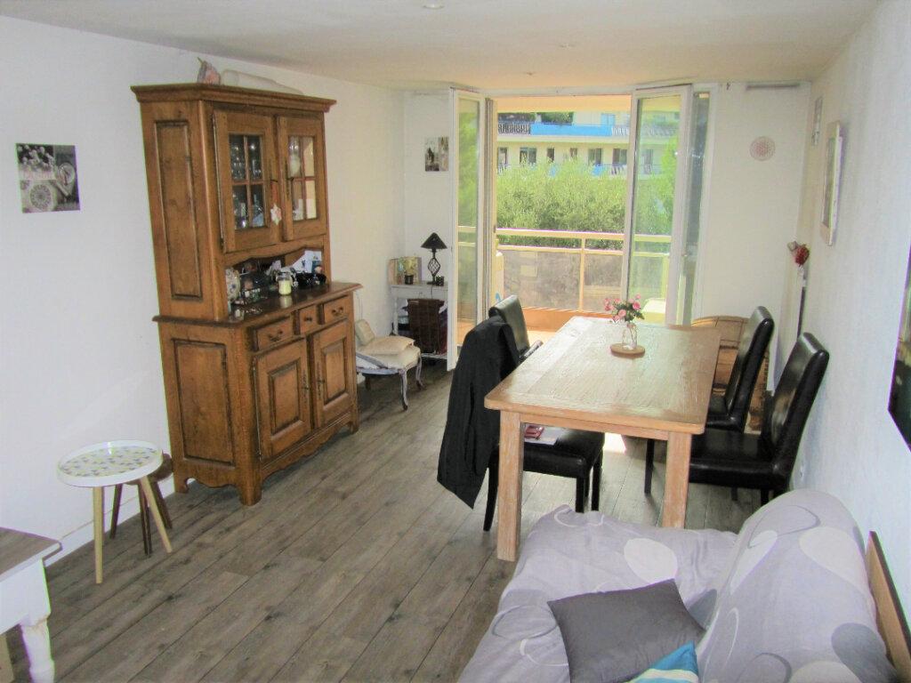 Appartement à vendre 3 66m2 à Nice vignette-2