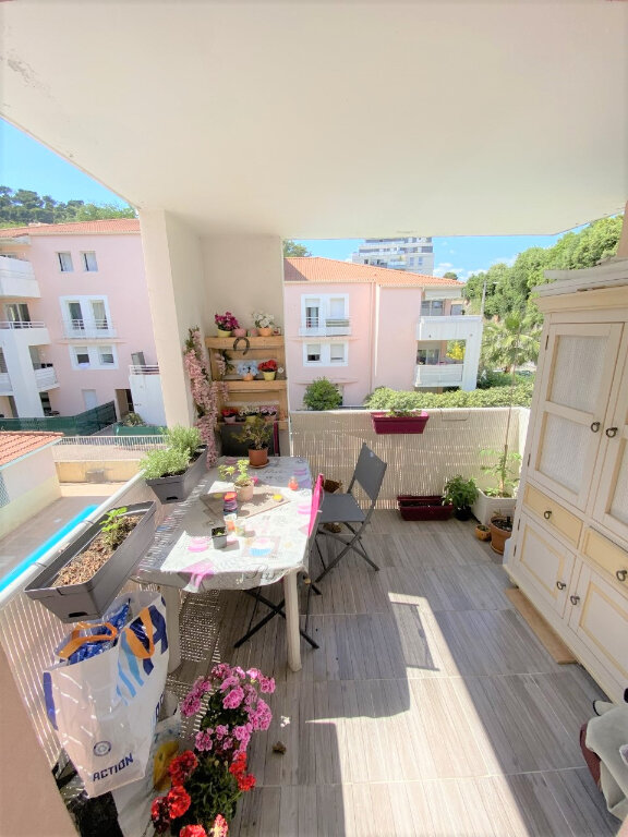 Appartement à vendre 2 41m2 à Saint-Laurent-du-Var vignette-2