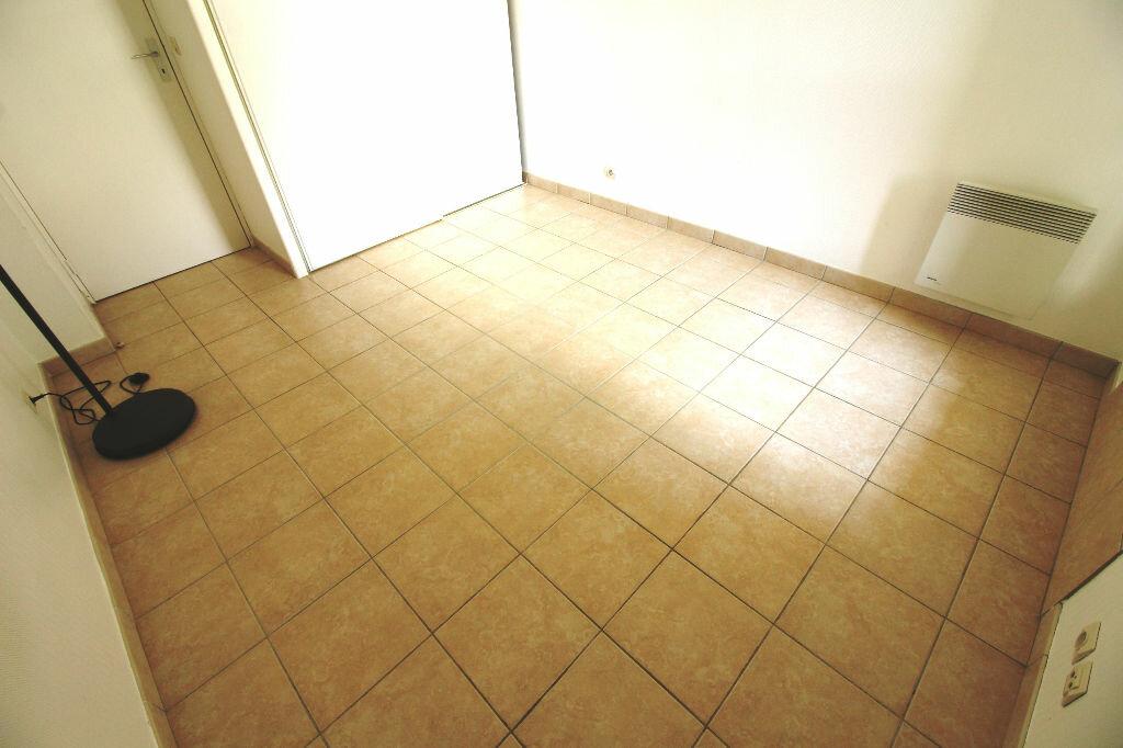 Appartement à louer 2 52m2 à Viry-Châtillon vignette-7