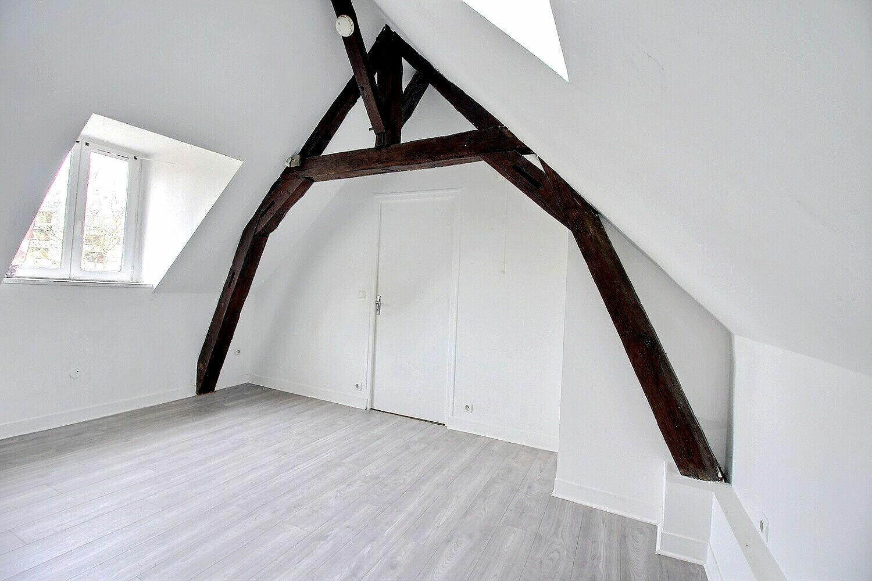 Appartement à louer 2 26m2 à Le Coudray-Montceaux vignette-2