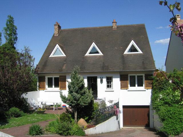 Maison à louer 7 155.44m2 à Viry-Châtillon vignette-1