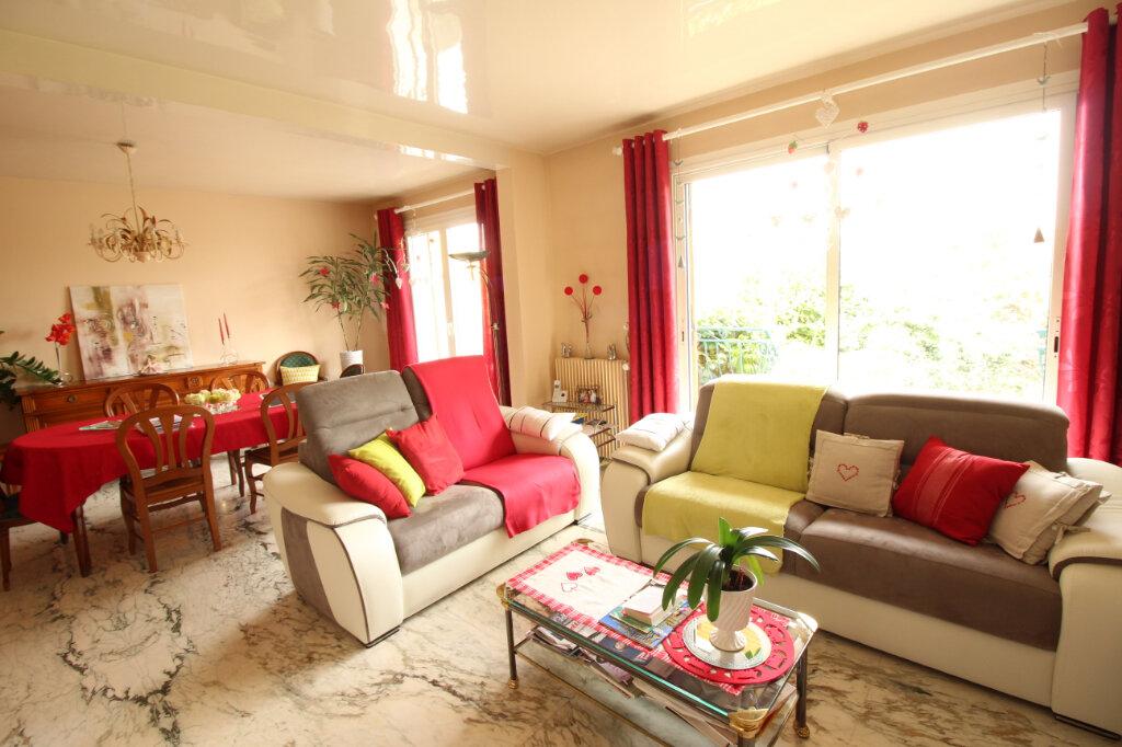 Maison à louer 7 155.44m2 à Viry-Châtillon vignette-13