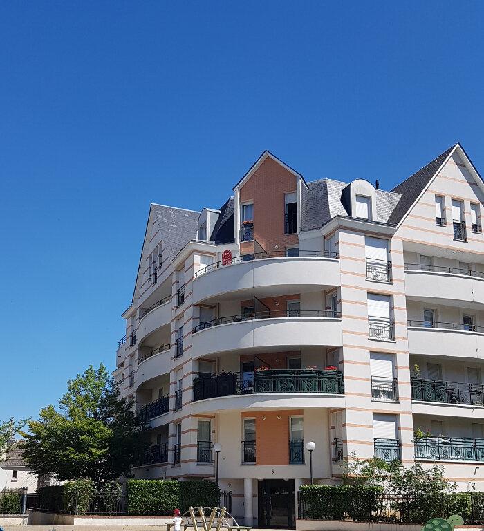 Appartement à louer 4 70m2 à Viry-Châtillon vignette-2