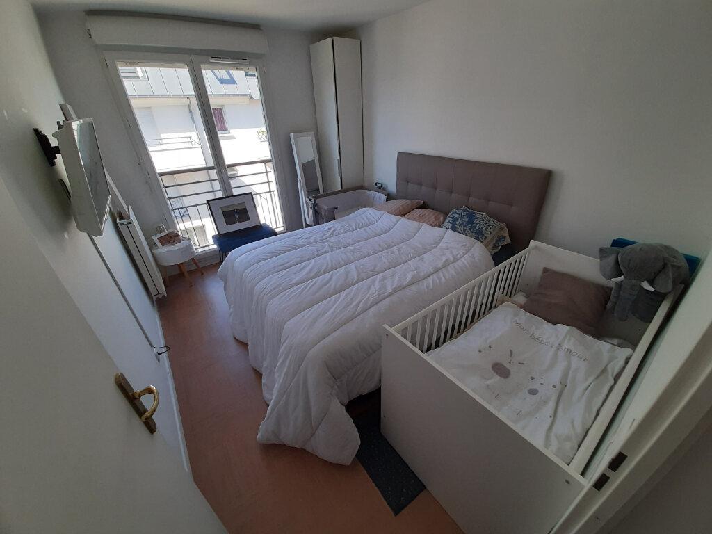 Appartement à louer 4 70m2 à Viry-Châtillon vignette-5