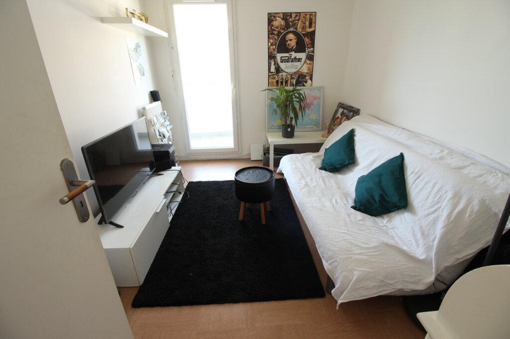 Appartement à louer 4 70m2 à Viry-Châtillon vignette-6