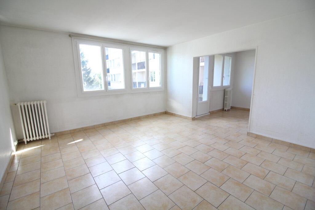 Appartement à louer 5 86.72m2 à Meaux vignette-1