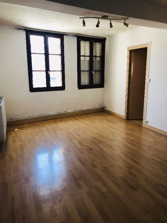 Appartement à louer 3 66.15m2 à Trilport vignette-2