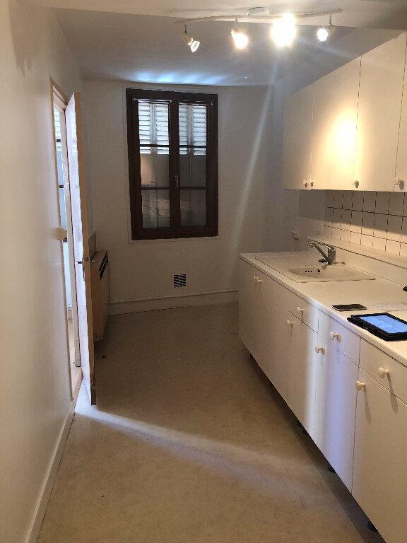 Appartement à louer 3 66.15m2 à Trilport vignette-3