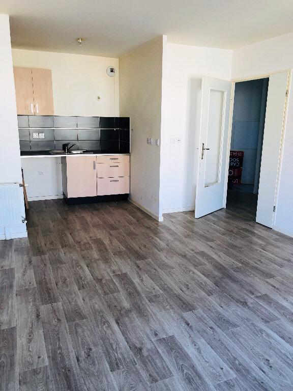 Appartement à louer 3 59.32m2 à Meaux vignette-2