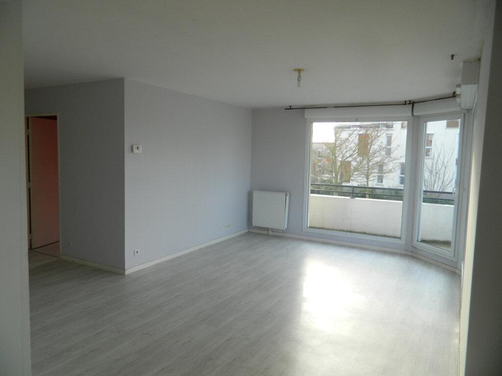 Appartement à louer 4 75m2 à Meaux vignette-1