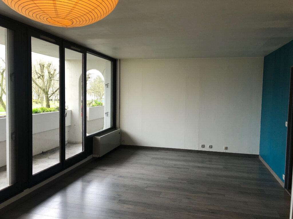 Appartement à louer 2 50.2m2 à Meaux vignette-1