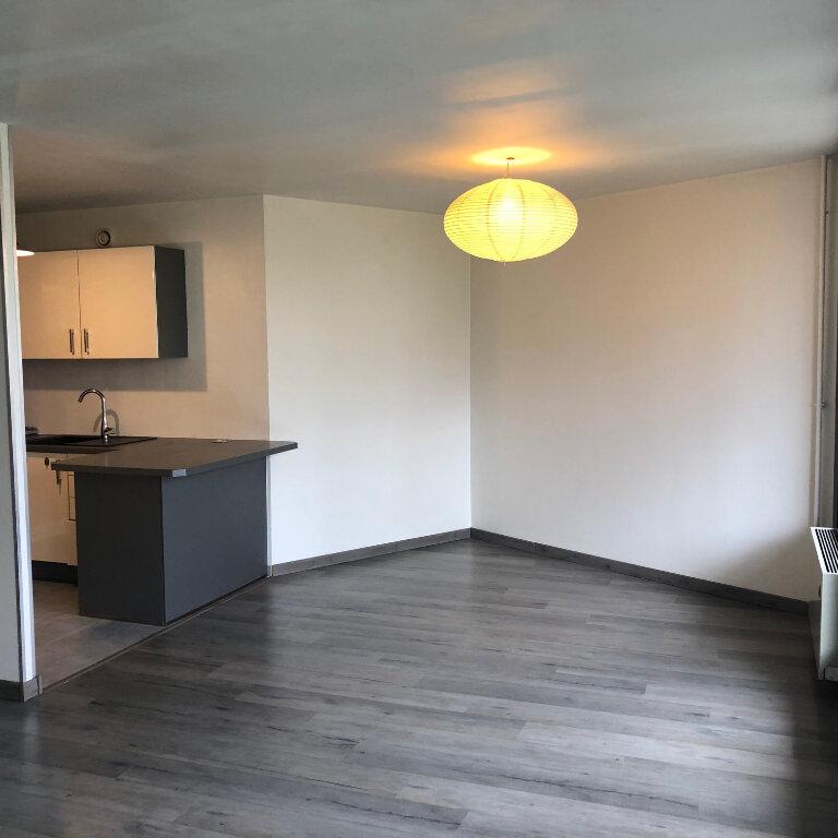 Appartement à louer 2 50.2m2 à Meaux vignette-4