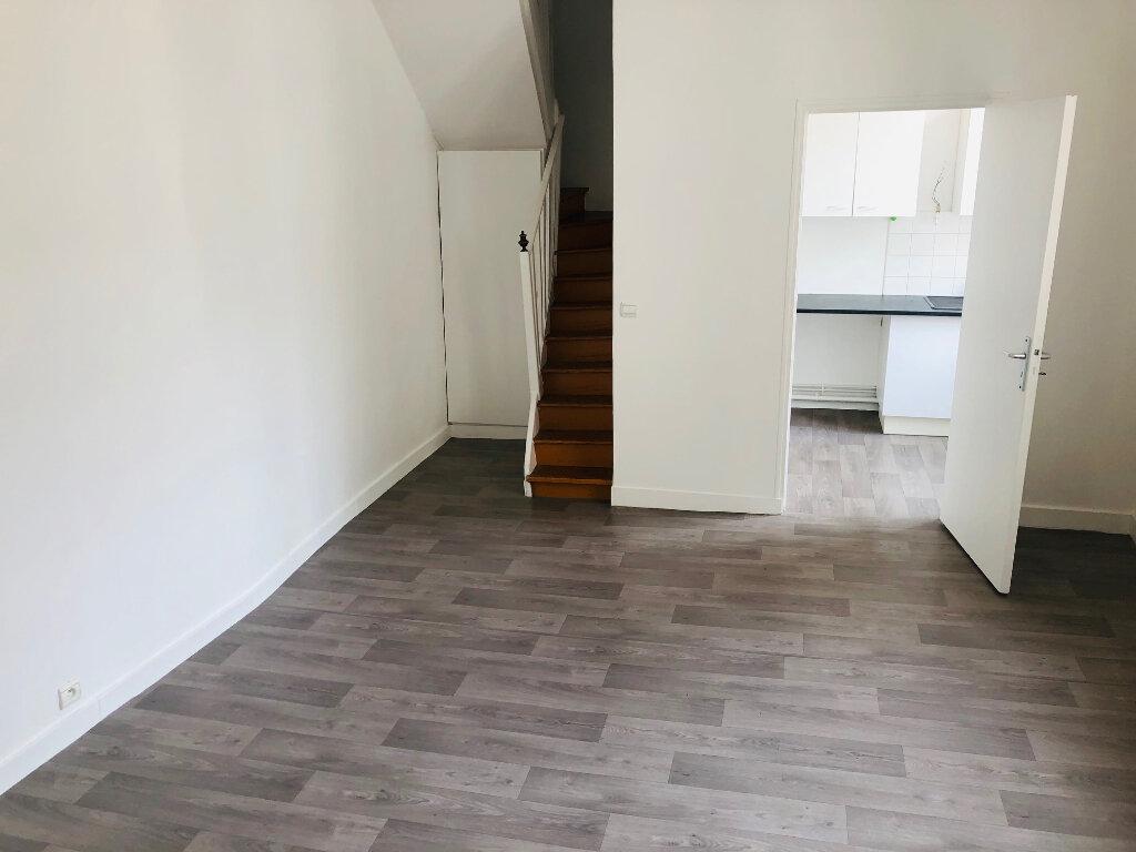 Appartement à louer 3 63.75m2 à Meaux vignette-2