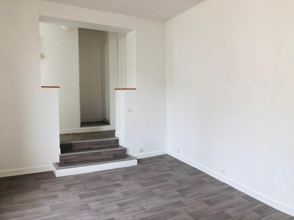 Appartement à louer 3 63.75m2 à Meaux vignette-4