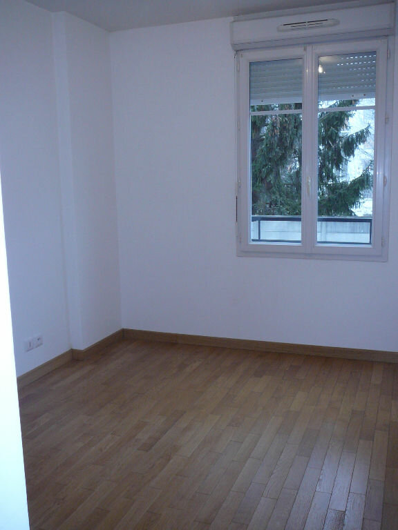 Appartement à louer 3 66.7m2 à Meaux vignette-4