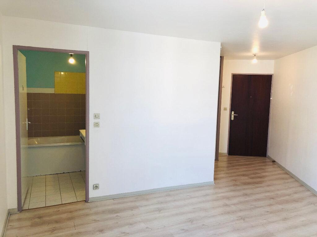 Appartement à louer 1 23.21m2 à Meaux vignette-1