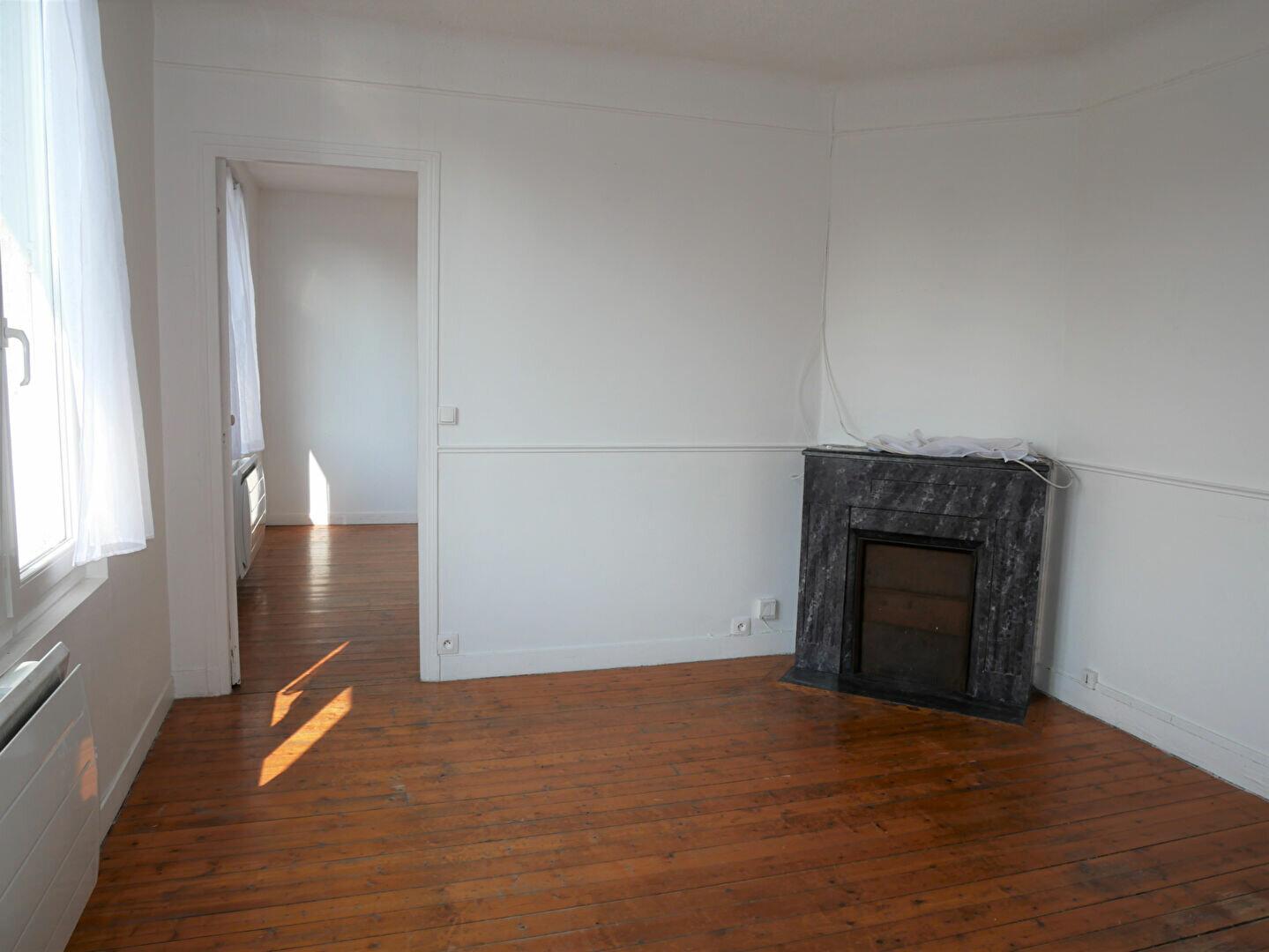Appartement à louer 2 35.81m2 à Meaux vignette-2
