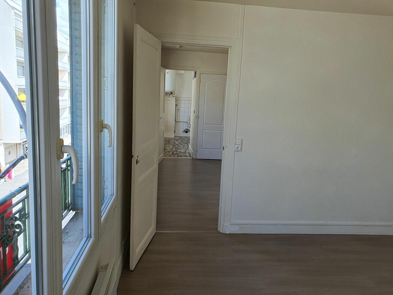 Appartement à louer 2 38.85m2 à Meaux vignette-5